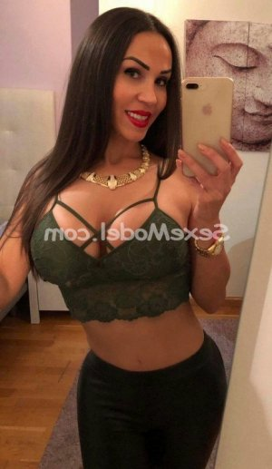 Najla escorte massage sensuel club libertin